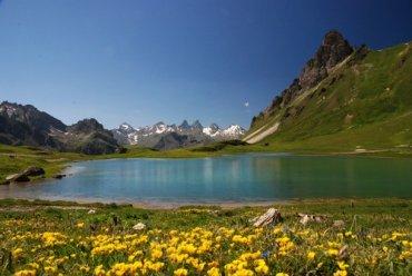 Les cascades du Galibier, le lac des Cerces et les 3 lacs